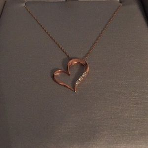 Rose gold (10K) heart necklace